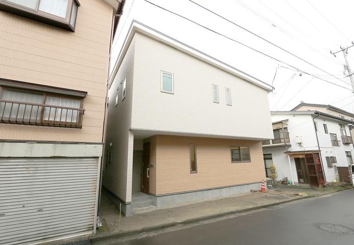 2階リビングの家
