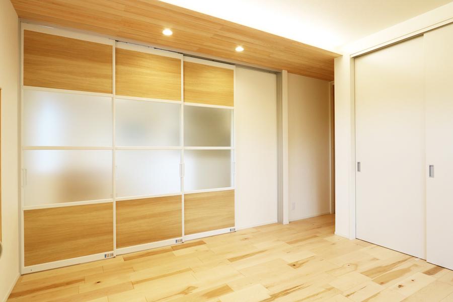 新潟市で新築の木の家の注文住宅のLDK