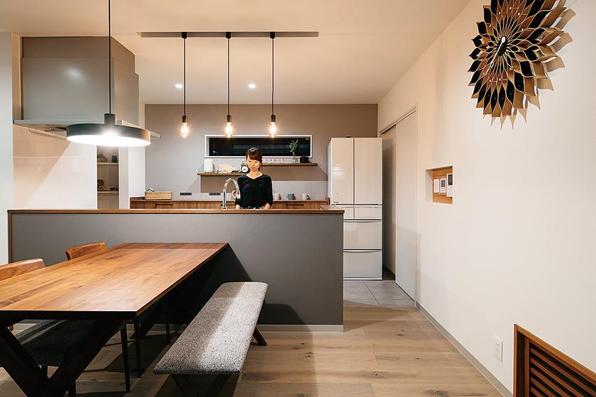 新潟市の注文住宅で省エネライフを約束する二人の理想を詰め込んだ家