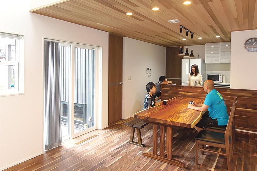 新潟市で高いデザイン性と快適性を備えた充実のわが家