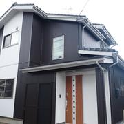 建物の軽量化を図り、ガルバリウム素材の外壁を採用