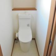 トイレは2階にも配置、節水型へ