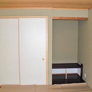 2階の和室は現代風に変更