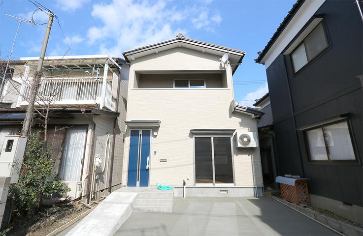 新潟市の光英住宅で減築リノベーションの家
