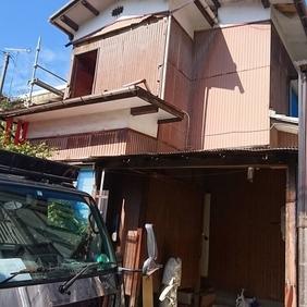 新潟市東区にて解体工事が始まりました。