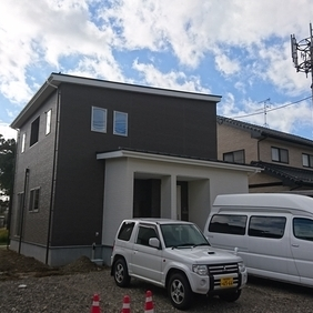 明日から新潟市江南区にてZEH完成見学会です!!