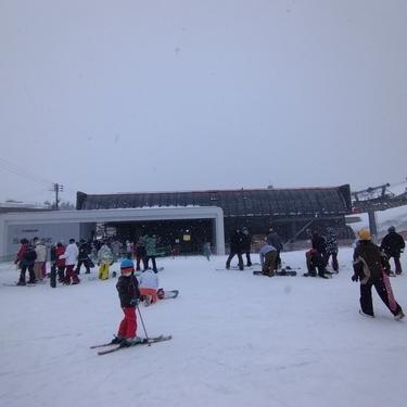 スキー場と上棟式